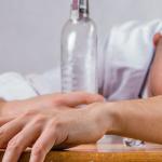 Pårørende - sådan hjælper du et familiemedlem ud af alkoholmisbrug